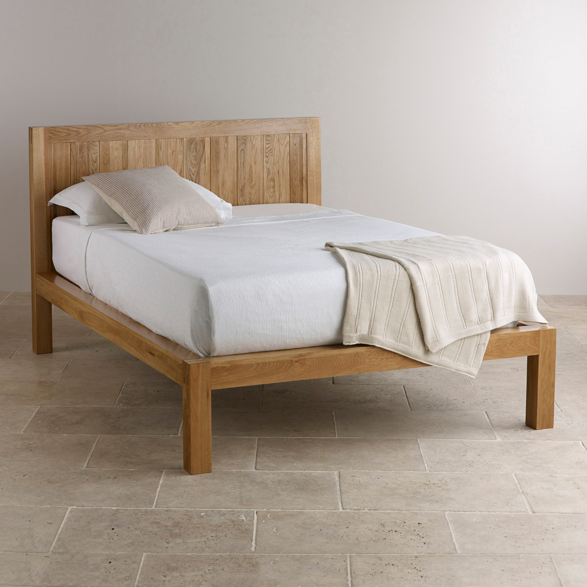 Custom Delivery Alto Natural Solid Oak 5ft King-Size Bed