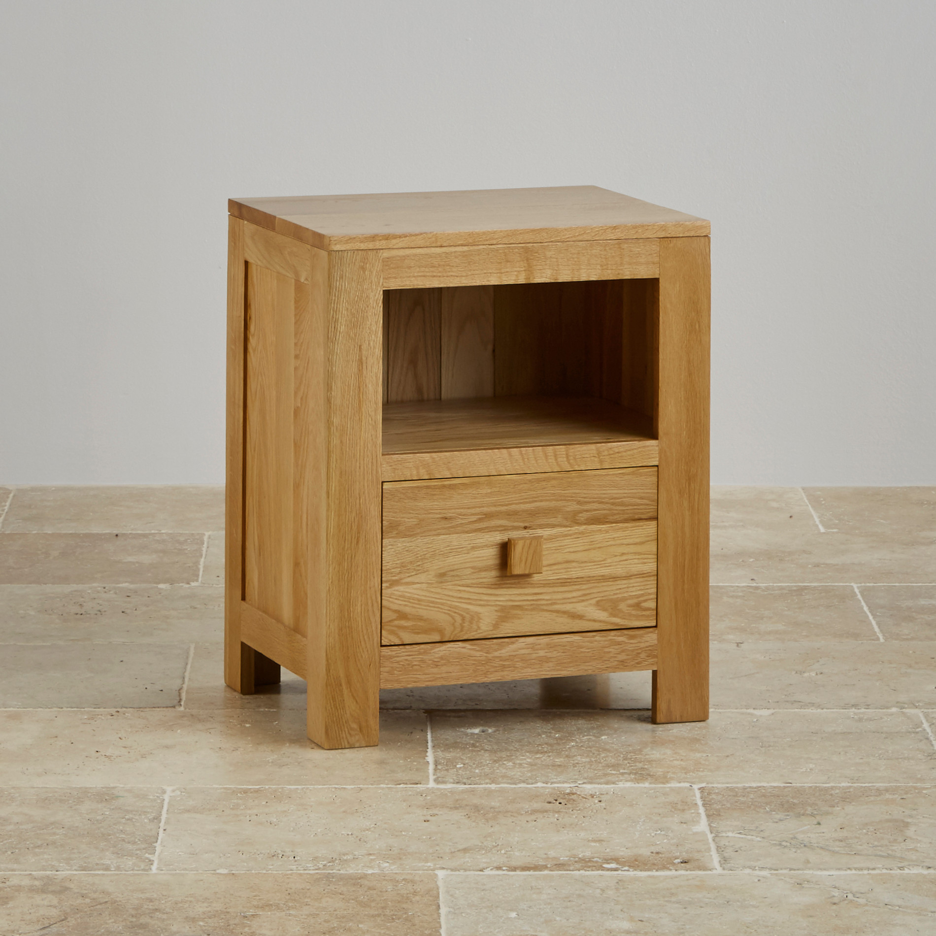 Oakdale bedside table in natural solid oak oak furniture for Solid oak furniture
