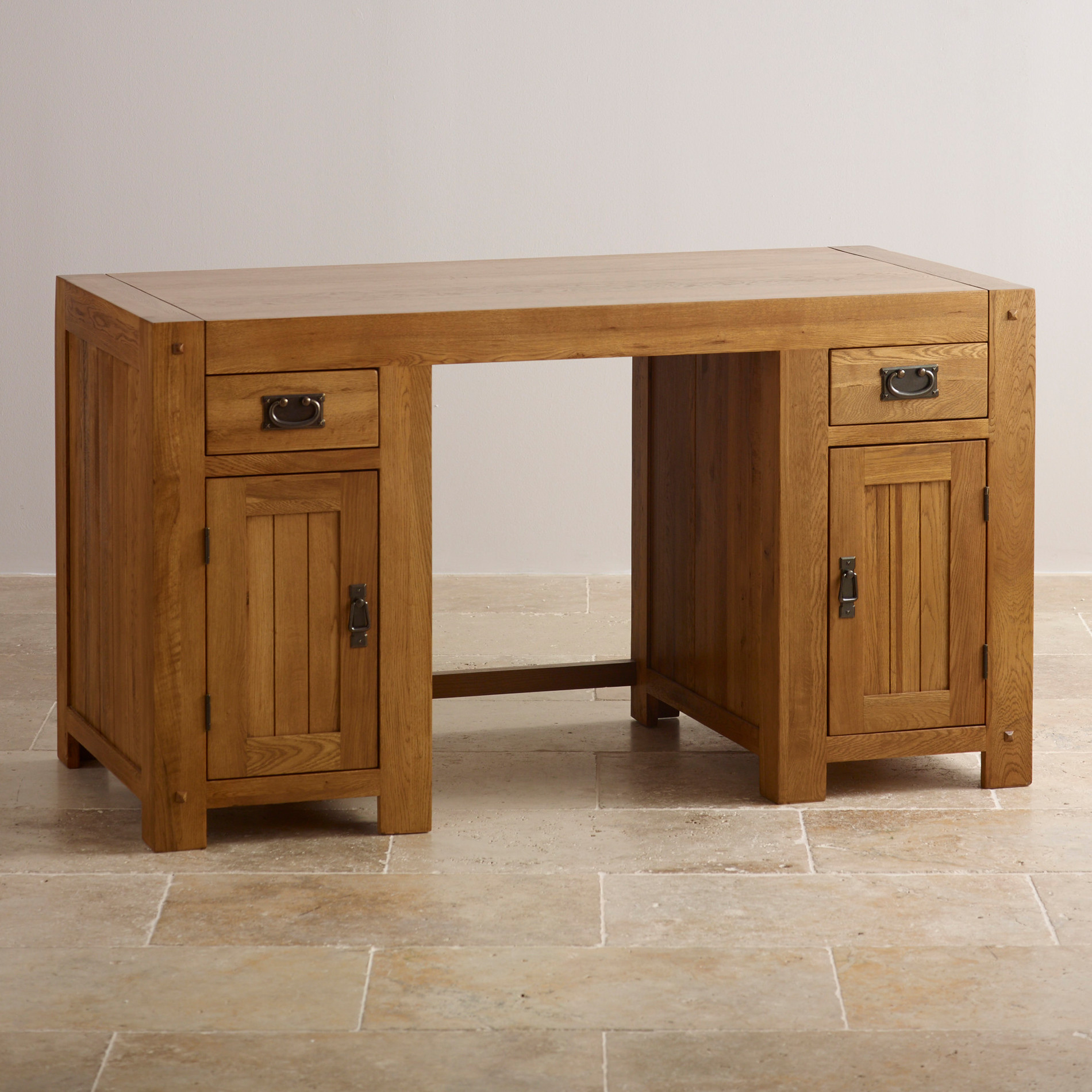 Quercus computer desk rustic oak oak furniture land for Oak furniture land