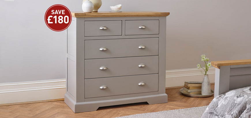 St Ives Chest of Drawers