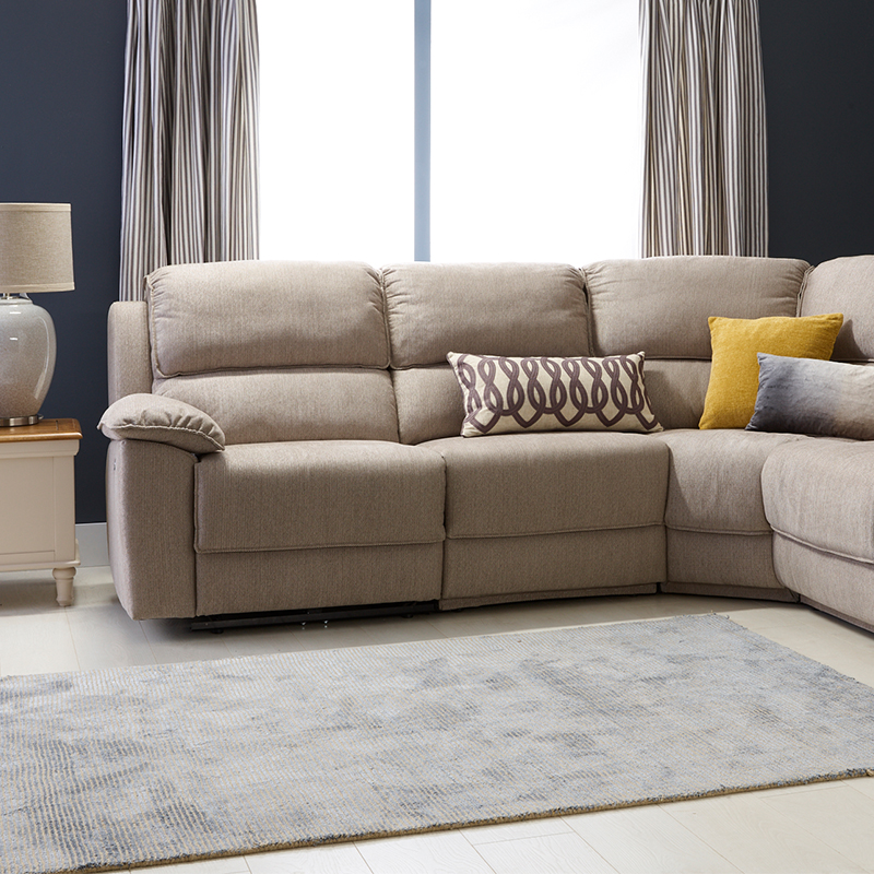 How to arrange the layout of a corner sofa