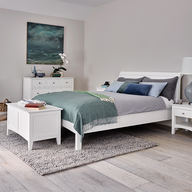 White bedroom furniture ideas for a soothing sleep space