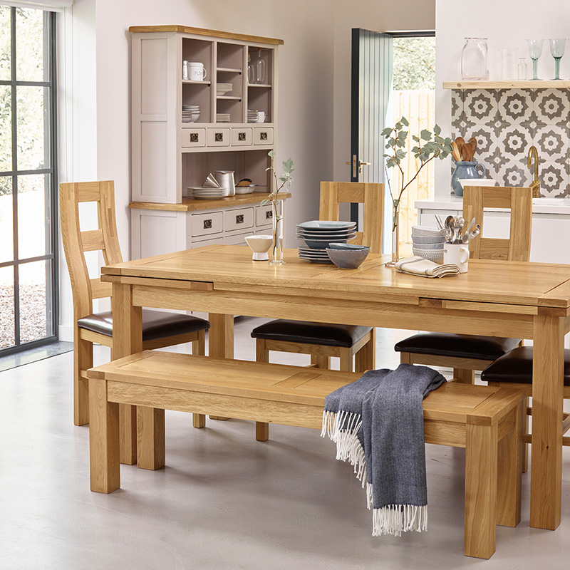 Dining table sizes: how to choose the right table