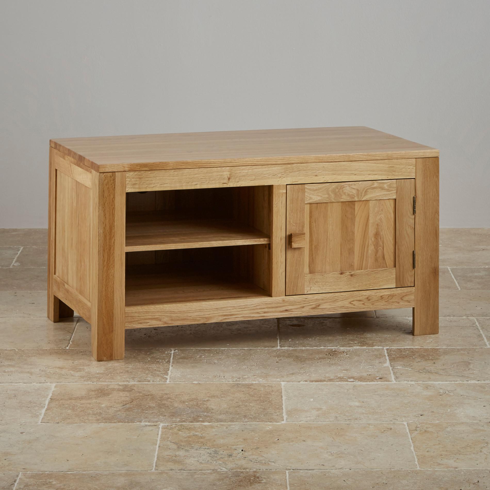 Oakdale TV + DVD Cabinet in Natural Solid Oak