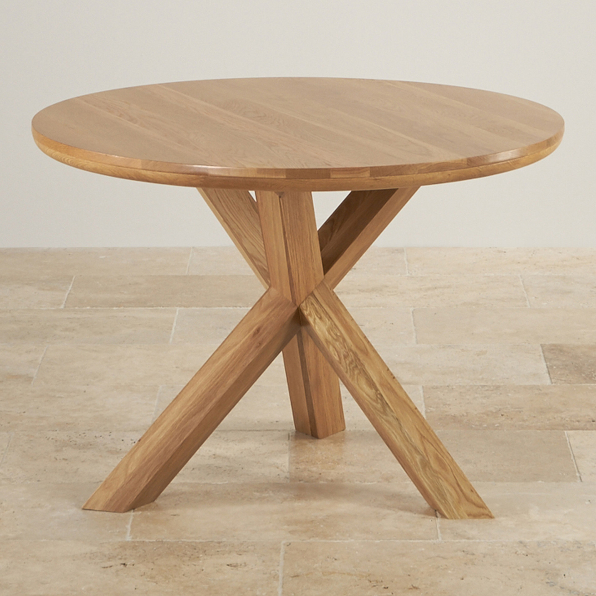Trinity natural solid oak round table with crossed legs for Table circle