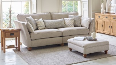 /media/gbu0/resizedcache/4-seater-sofas-1500989553_3546601ddc264ea4e0f642db7834bba0.jpg