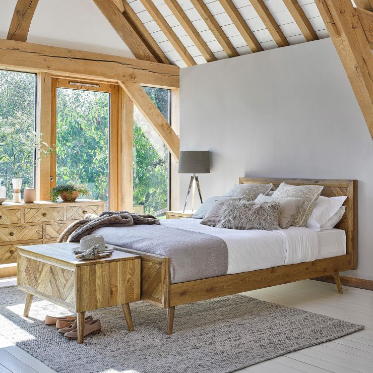 Parquet Brushed and Glazed Oak King-Size Bed