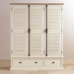 Shutter Brushed Oak and Painted Triple Wardrobe - Thumbnail 2