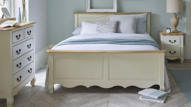 Cream Furniture Bella Cream Painted Range Oak