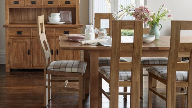 Oak Extendable Dining Tables