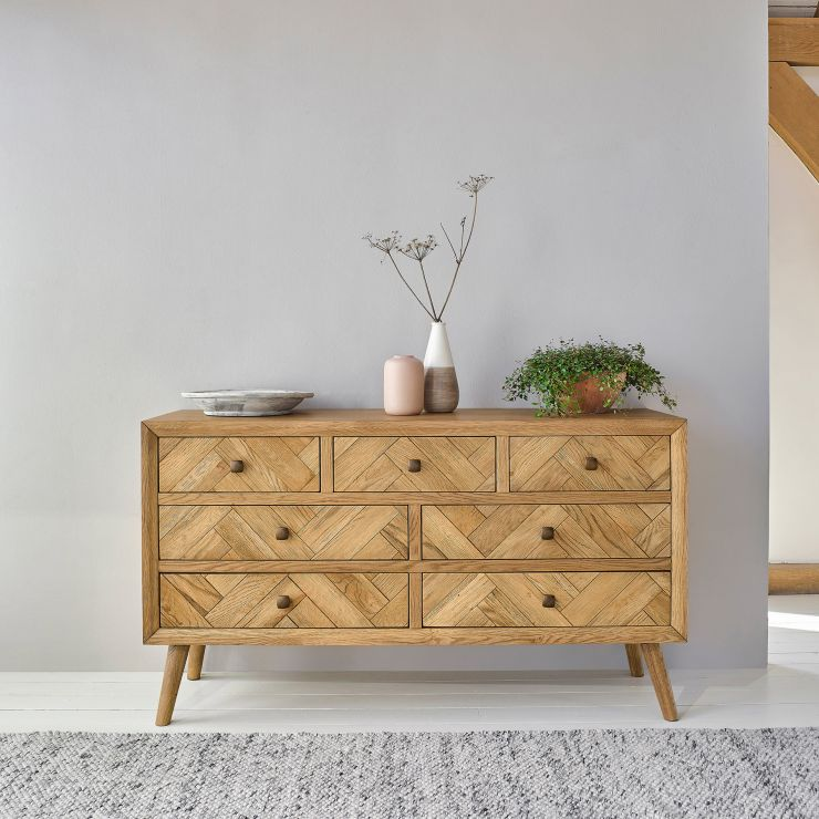 Parquet Brushed and Glazed Oak 3+4 Chest of Drawers