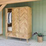 Parquet Brushed and Glazed Oak Triple Wardrobe - Thumbnail 1