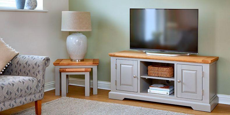 huge discount ee8a3 cc167 Oak TV Units | Oak TV Stands & Cabinets | Oak Furnitureland